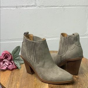 NINE WEST Mayley Ankle Booties